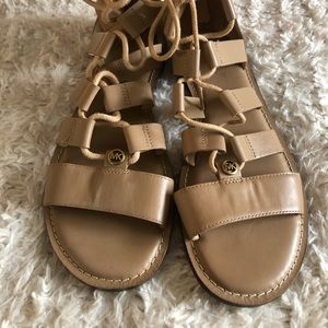 Michael Kors Archer Gladiator Size 9 Sandals